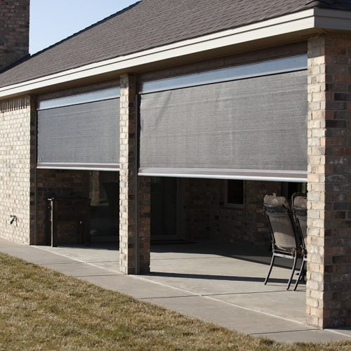 outdoor screens
